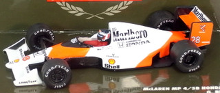 Paulsmodelart164_mclaren_mp45b_no28